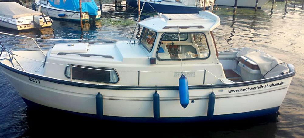Bootsverleih-Abraham-Kajuetboot-Hardy